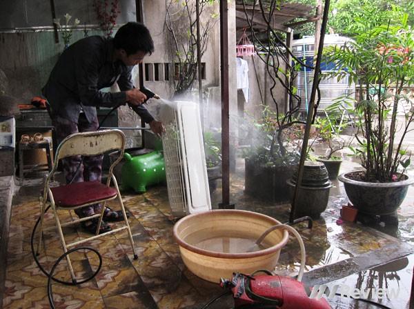 huong-dan-cach-lam-ve-sinh-may-dieu-hoa-don-loc-dau-nam.jpg1.jpg2.JPG7